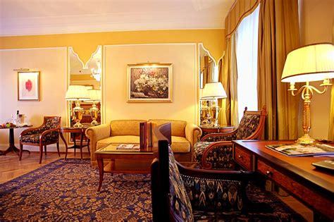 belle chambre junior suites  st petersburgs belmond