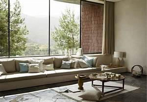 1001 idees pour une deco salon zen les interieurs for Tapis ethnique avec canapé en bois massif