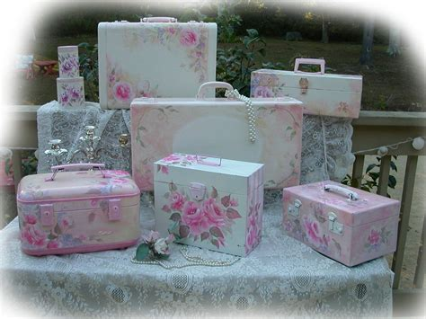 shabby chic suitcase how to paint vintage chic n shabby roses suitcases lesson 101