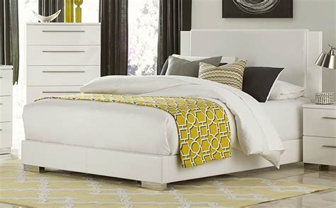 linnea white high gloss vinyl king platform bed