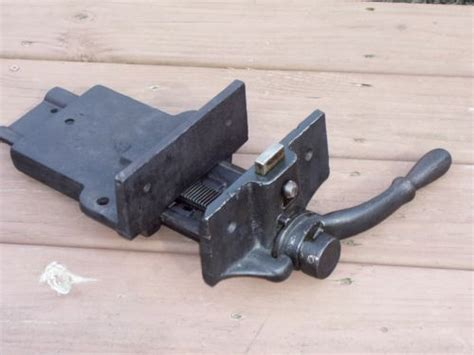 antique woodwork bench vise wood vise quick set