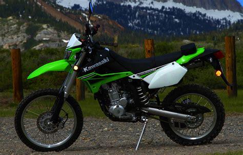 Kawasaki Klx 250 Image by Kawasaki Klx250s Motorcycle Wiki Fandom Powered By Wikia