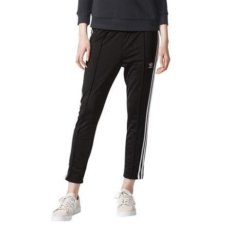 Check spelling or type a new query. Pantalon jogging 3 bandes Adidas Originals femme - Noir ...