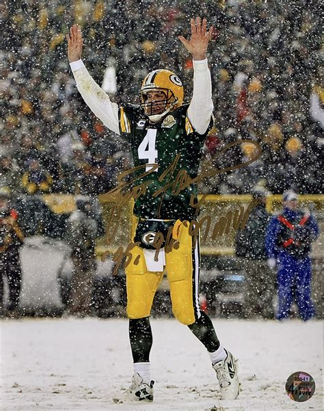 Brett Favre Signed Green Bay Packers 8x10 Photo Inscribed