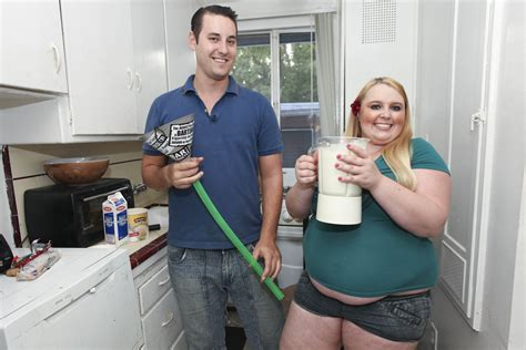 Fat Fetish Tammy, 23, Force Feeds Herself With Funnel To