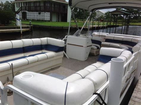Xcursion Pontoon Boat Accessories by Bentley Pontoon Boats For Sale In Louisiana Rowboats For
