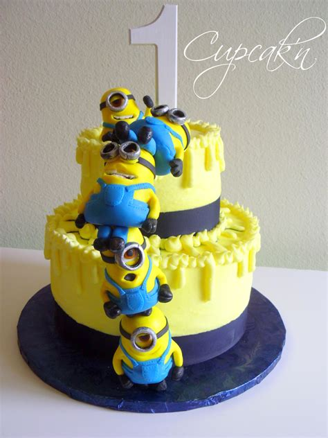 cake designers me 10 adorable minion cakes you d wish on your birthday
