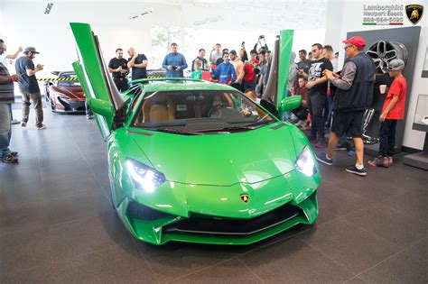 Miura-inspired Lamborghini Aventador Sv Looks Sensational