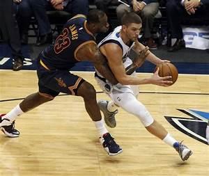 Mavericks embarrassed by Cavaliers in worst loss of season ...