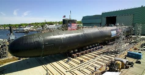 General Dynamics Electric Boat New London by Groton Conn June 4 2004 General Dynamics Electric
