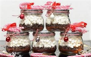 Homemade Christmas gift ideas - easy and creative projects