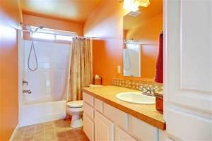 Déco Salle De Bains : la salle de bains changer la d co utilisez de la couleur ~ Melissatoandfro.com Idées de Décoration