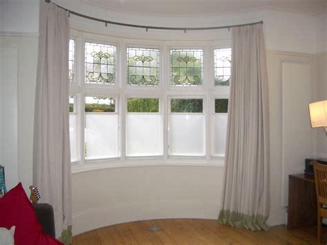bathroom window dressing ideas curtain rods for bay windows homesfeed