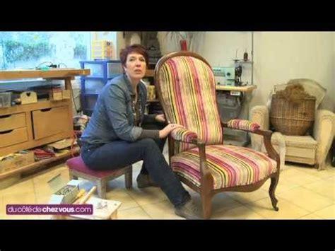 renover canapé tissu restaurer un fauteuil voltaire