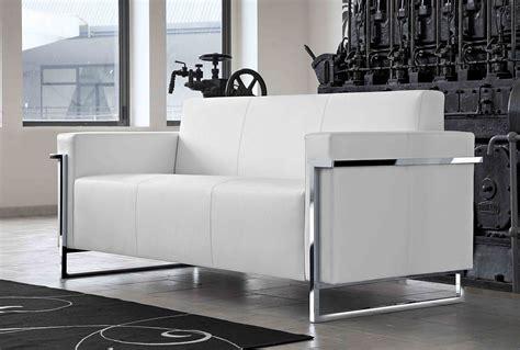 canapé blanc en cuir memoria canapé 3 places en cuir blanc monbureaudesign fr