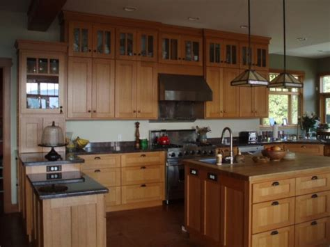 kitchen cabinets mission style rift and quartersawn oak kitchen kitchen cabinet 6226