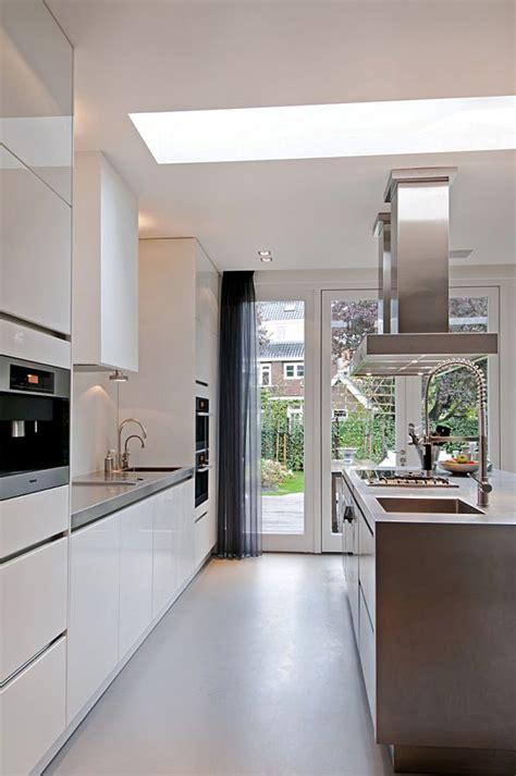 hotte de cuisine suspendue inspiration la structure des meubles la hotte de cuisine
