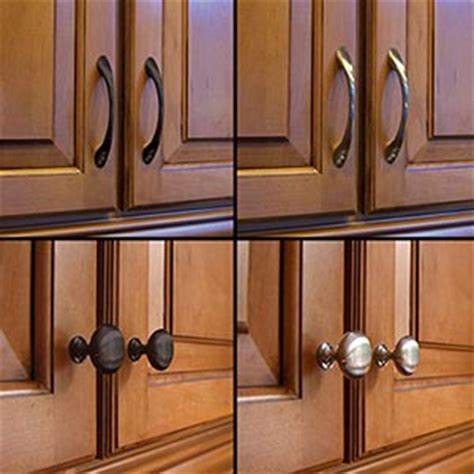 knobs and pulls for kitchen cabinets tip thursday one way to change the look of your 9638
