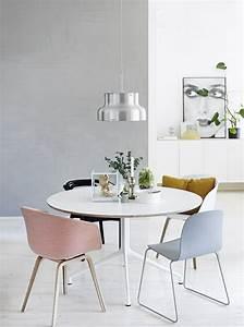 Günstige Esstische Mit Stühlen : runde esstische f r ihr speisezimmer treffen sie die richtige entscheidung ~ Orissabook.com Haus und Dekorationen