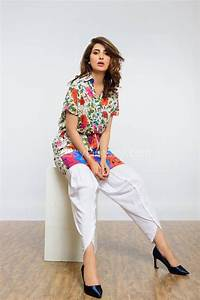 Latest Pakistani Dresses Designs 2017 for Girls - Formal ...