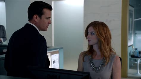 image s01e08p52 harvey donna png suits wiki