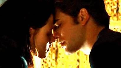 Edward Twilight Kiss Kisses Bella Gifs Cullen