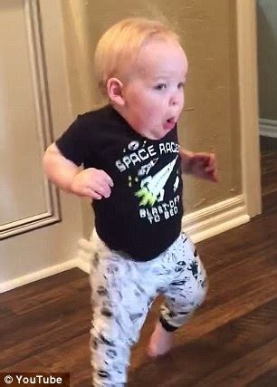Running Baby Meme - oklahoma boy gives a hilarious reaction to his grandpa s scary roar daily mail online