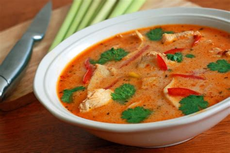 tom kha suppe tom kha gai recipe the daring gourmet