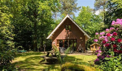 huisje 9 personen huren 6 persoons boshuisje in emst veluwe eenvakantiehuisje nl