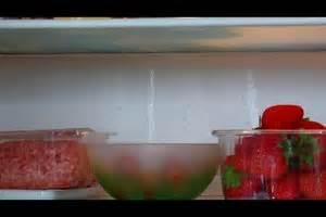 Wasser Läuft Nicht Ab : video k hlschrank das wasser l uft nicht ab was tun ~ Lizthompson.info Haus und Dekorationen