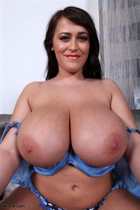Leanne Crow Nude At Xx Cel My Boob Site