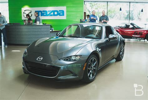 mazda mx5 cool mazda mx 5 rf is a stunner with a cool trick