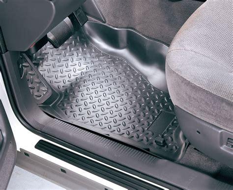 Jeep Husky Liner Floor Mats by Husky Liners 174 30561 Molded Front Floor Liners For 96 98