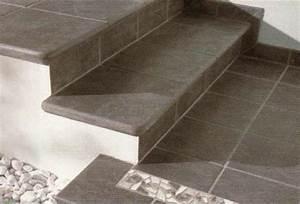 Treppenstufen Stein Außen Verlegen : treppenfliesen fliesen und naturstein treppen geflieste treppe in berlin potsdam und brandenburg ~ Orissabook.com Haus und Dekorationen