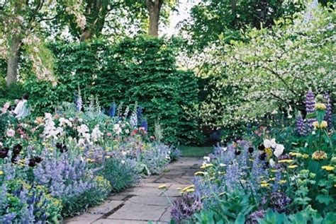 how to create an cottage garden