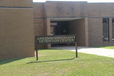 greenwood law enforcers explain alternatives  arrests