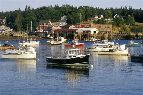 Small Boat New England Cruises by Village In Portland New England Yacht Charter Yacht