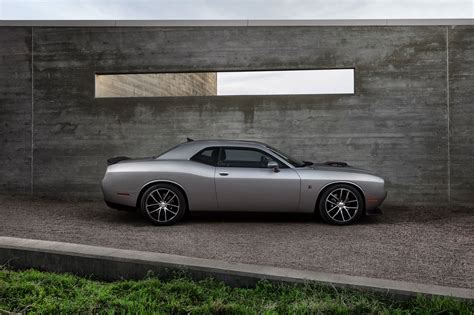 dodge challenger  cartype
