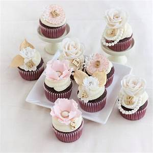 Romantic pink and gold bridal shower cupcakes for Wedding shower cupcakes