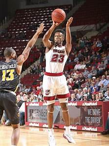 UMass men's basketball loses in OT to George Mason after ...