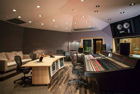 Capitol Studios Opens New Rooms, Launches New Mastering