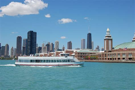 Best River Boat Tour In Chicago by Chicago River Tours Boat