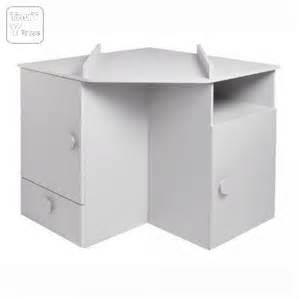 Meuble D Angle Chambre : commode a langer d angle maison design ~ Teatrodelosmanantiales.com Idées de Décoration