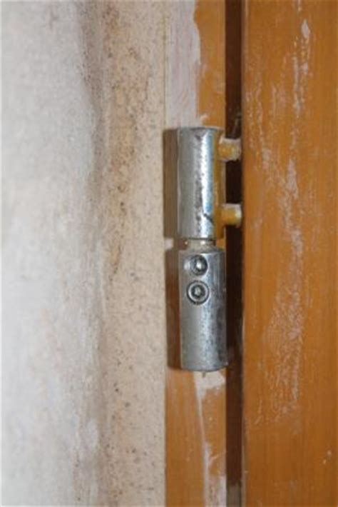 comment regler une porte d entree pvc probl 232 me r 233 glages gonds porte d entr 233 e