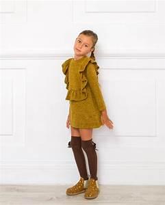 Outfit Vestido Punto Mostaza u0026 Trenca Mostaza | Missbaby