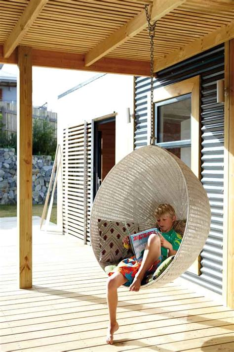 hanging porch chair 33 awesome outdoor hanging chairs digsdigs