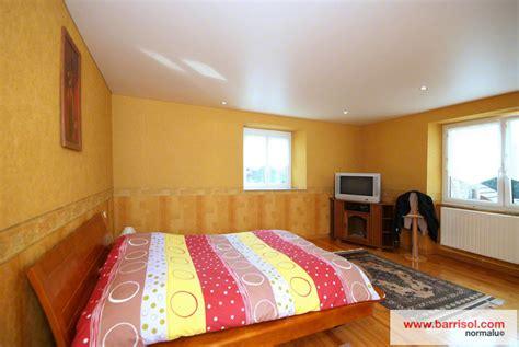 tenture plafond chambre chambre à coucher le plafond tendu barrisol dans votre