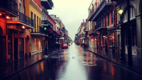 reasons  visit  french quarter   orleans