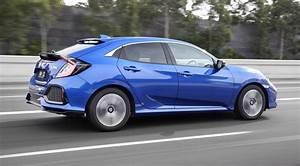 Honda Civic Hatchback : 2017 honda civic hatch review caradvice ~ Maxctalentgroup.com Avis de Voitures