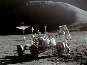 File:Apollo 15 Lunar Rover and Irwin.jpg